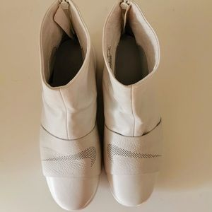Nike white leather boots
